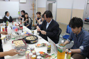 5月社員懇親会を行いましたの写真