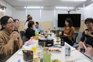 2月社員懇親会を行いましたの写真